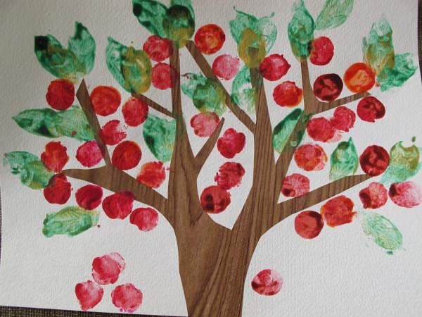 Haideți să plantăm copaci în Parcul Izvor