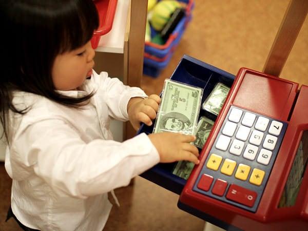Educație financiară pentru copii și părinți cu Tykoon