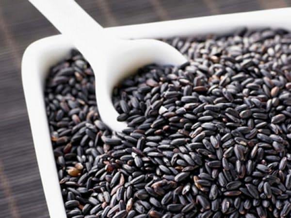 Orezul interzis sau orezul negru