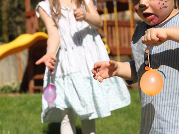 Yo-Yo dintr-un balon cu apă
