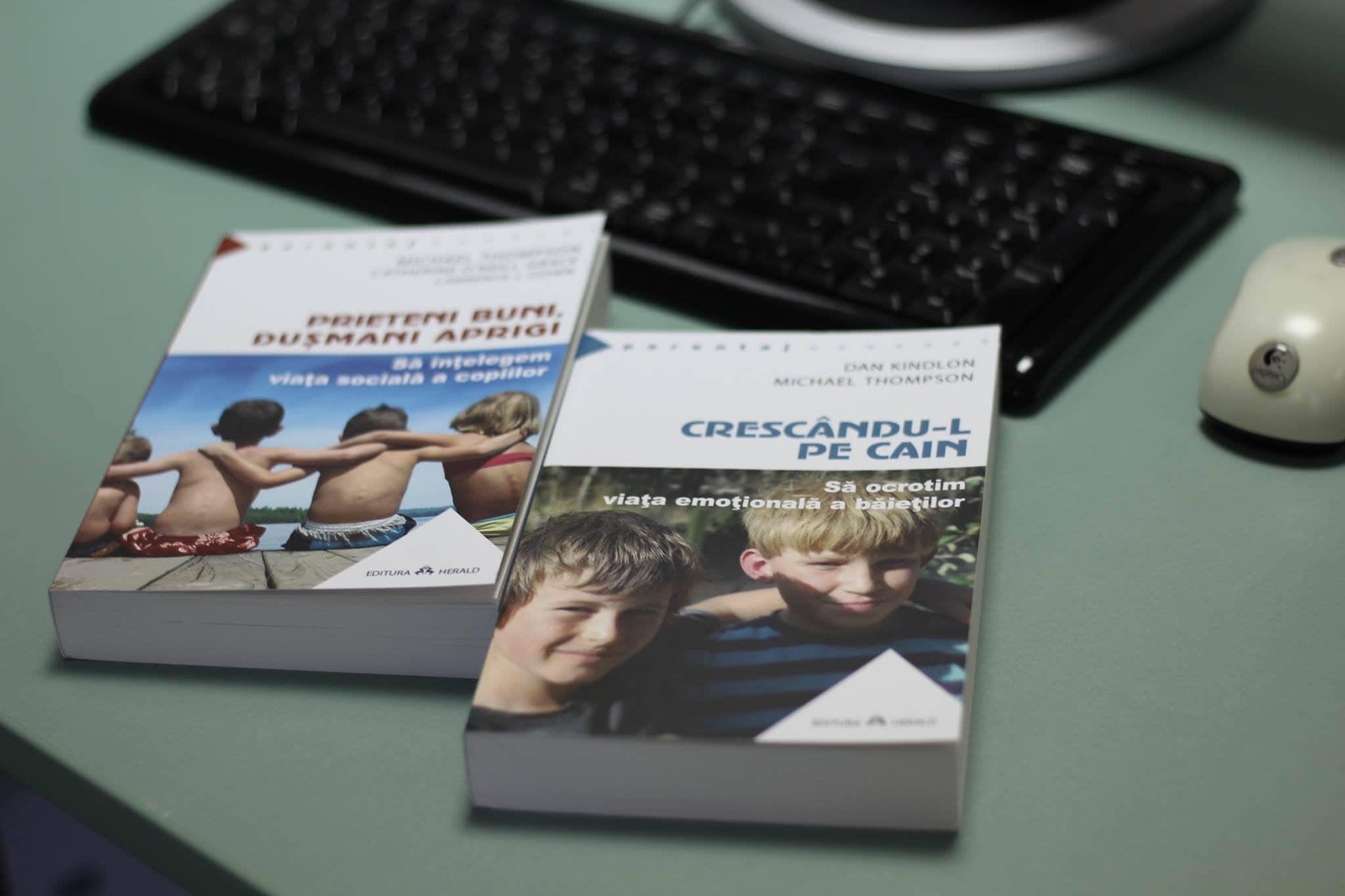 Despre cărțile lui Michael Thompson și un reminder pentru conferință