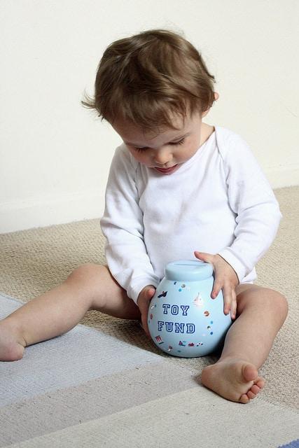 3 modalități prin care poți începe educația financiară la copii