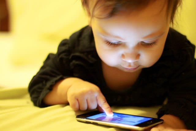 Un control pe care trebuie să îl ai, ca părinte – cu aplicația Orange Content Lock Ⓟ
