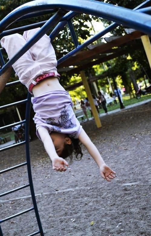 5 activități de încercat cu cei mici în parc