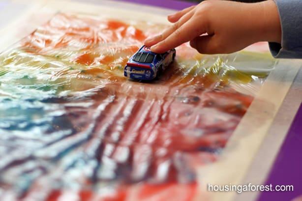 Picturi cu mâinile curate