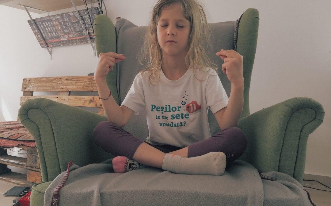 Beneficiile practicii yoga pentru copii