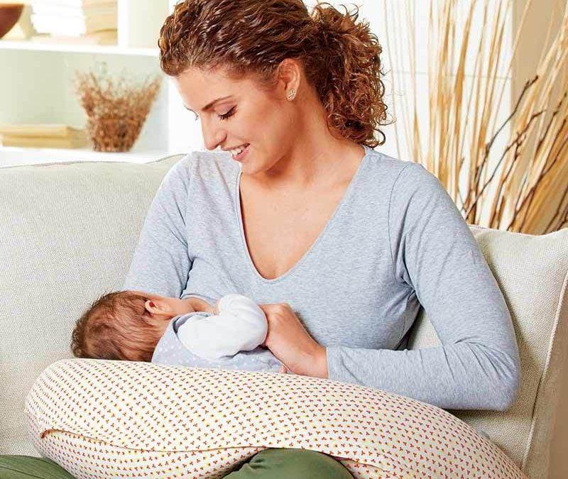 Cum te poate ajuta perna de gravide sa scapi de disconfortul din timpul somnului in sarcina