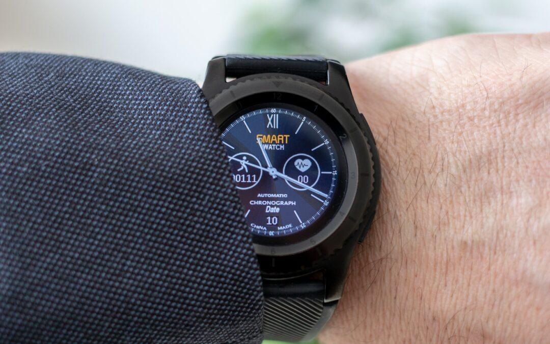 Poate fi un ceas inteligent elegant?