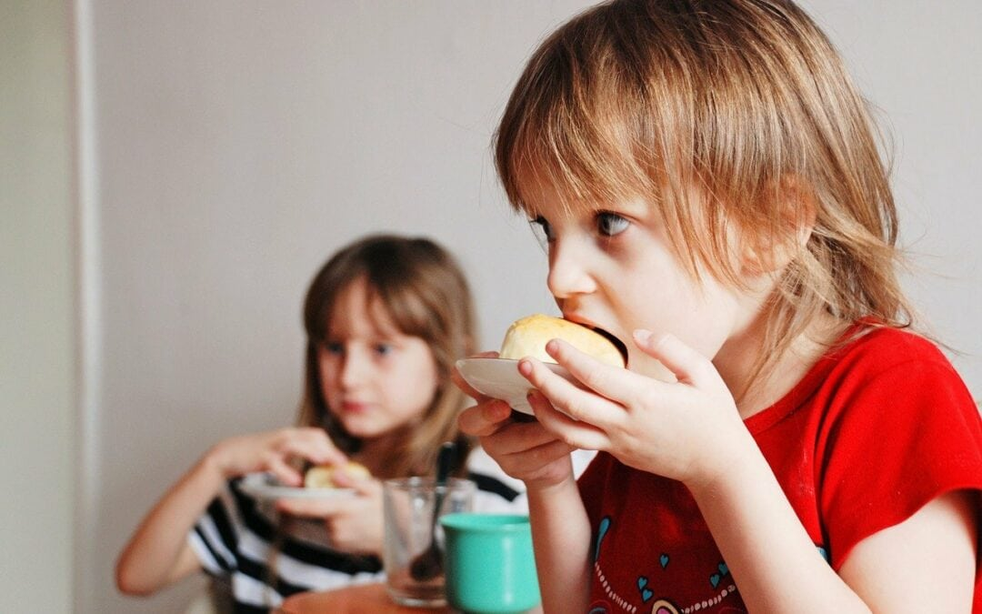 3 gustări simple și sănătoase pentru copii