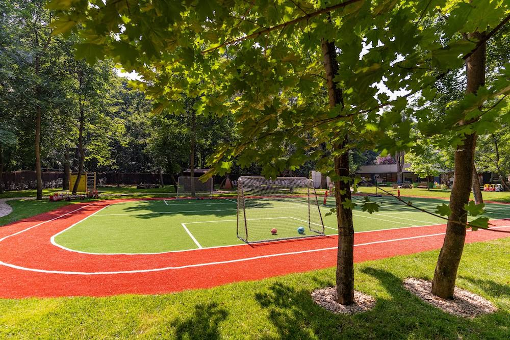 BEST Preschool – o nouă grădiniță privată în București bazată pe programa britanică, inițiere în sport și experiențe în pădure